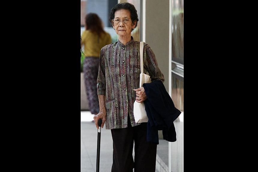 Mr Tan Bung Thee's children claim that Madam Wong Swee Hor was never their father's legal wife, but that the couple were having an affair.