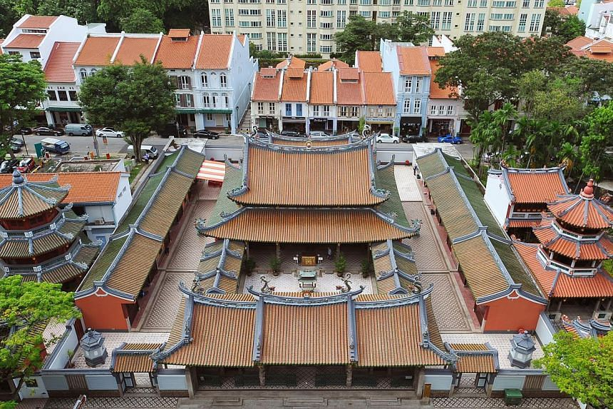 The Singapore Yu Huang Gong (far right) is often mistaken as part of the Thian Hock Keng Temple next door.-- PHOTO: LIM YAOHUI FOR THE STRAITS TIMES