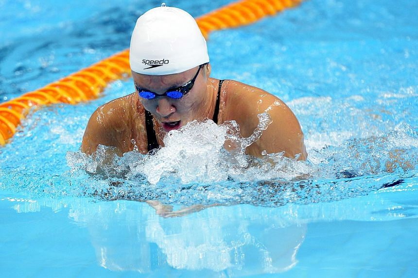 Roanne Ho in action for the women 50m breast stroke at theOCBC Aquatic Centre on Dec 20, 2014. -- ST PHOTO:DESMOND WEE