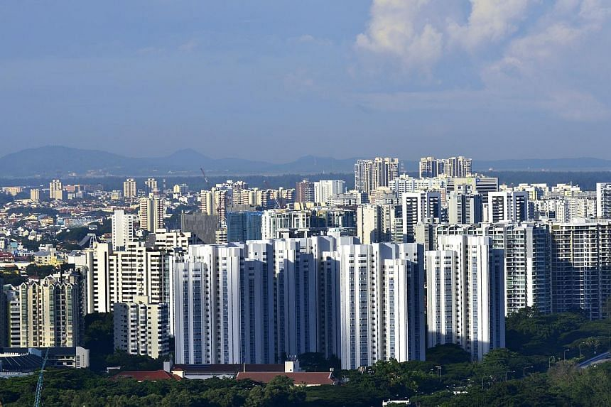 Private condominiums and HDB flats in Singapore. An upcoming move to disclose the net prices of individual units sold by developers will give buyers, property firms and policymakers a more accurate snapshot of the market, said experts. -- ST PHOTO: C