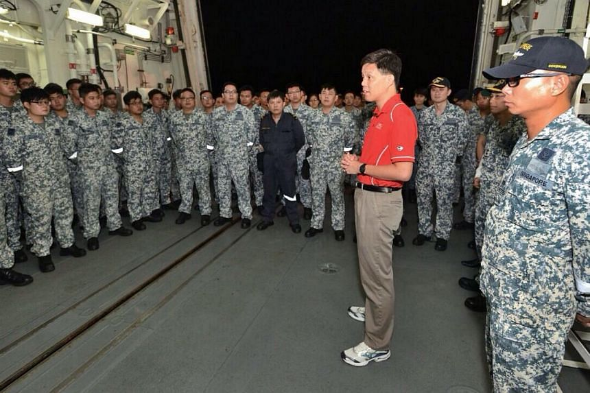 Second Minister for Defence Chan Chun Sing interacting with Republic of Singapore Navy (RSN) servicemen on board RSS Supreme. -- PHOTO: MINDEF
