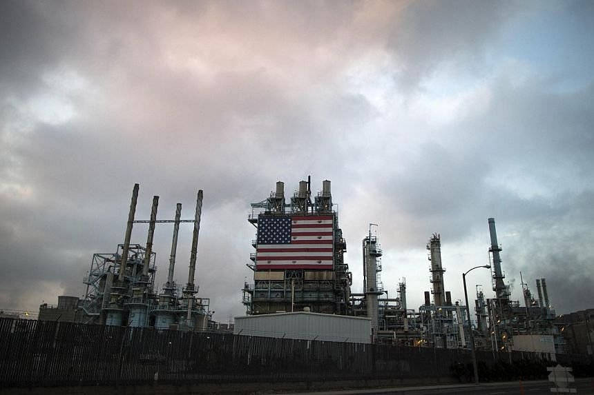 A view of Tesoro's Los Angeles oil refinery in Los Angeles, California, on Oct 10, 2014. The number of rigs drilling for oil in the US fell to near nine-month lows in the latest week as low crude prices continue to squeeze the industry. -
