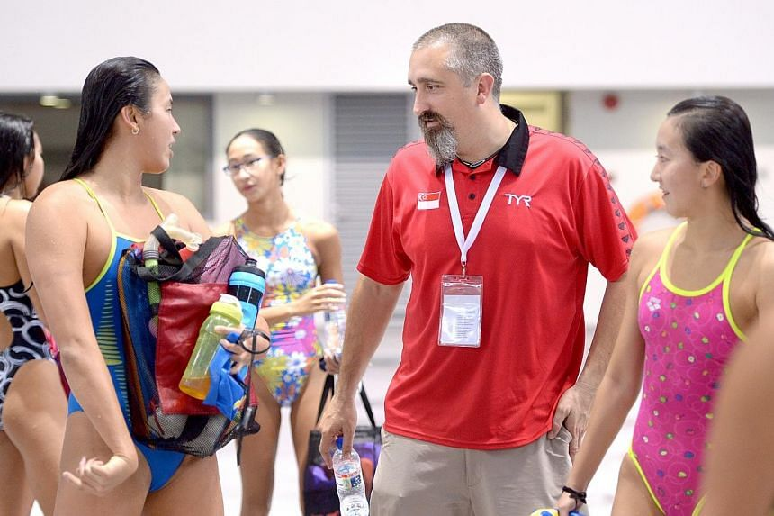 Singapore's new swimming head coach Sergio Lopez conducts his first training session with the national squad at the OCBC Aquatic Centre on Jan 5, 2015. -- ST PHOTO: LIM SIN THAI