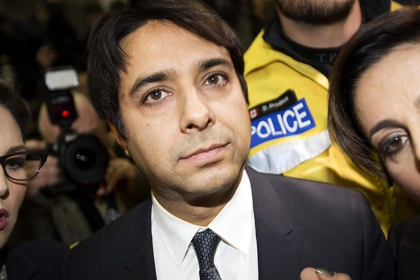 Canadian celebrity radio host Jian Ghomeshi leaves court after getting bail on multiple counts of sexual assault in Toronto Nov 26, 2014.Three additional sexual assault charges were laid against former syndicated radio host Jian Ghomeshi on Thu