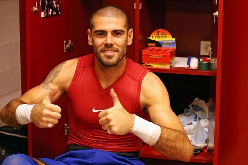 Victor Valdes in a photo from his Facebook page. Manchester United signed former Barcelona goalkeeper Victor Valdes on an 18-month contract on Thursday. -- PHOTO: FACEBOOK