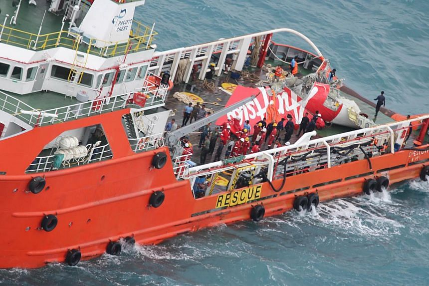 Crest Onyx, an offshore supply ship that lifted the tail of Air Asia Flight QZ8501 from the sea floor on Jan 10, 2015 in the Java Sea. Indonesian navy divers took advantage of calm weather on Monday as they attempted to retrieve the black box flight