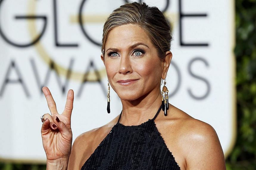 Actress Jennifer Aniston arrives at the 72nd Golden Globe Awards in Beverly Hills, California Jan 11, 2015. -- PHOTO: REUTERS