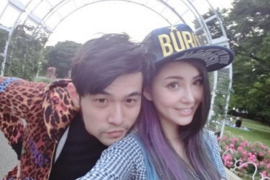 Singer Jay Chou and his girlfriend, model Hannah Quinlivan, made an official online debut as a couple as he shared photos of them ahead of their wedding. -- PHOTO: WEIBO.COM/MRJ168