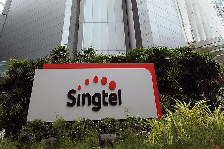 From April, Singtel will also shorten the window for its technicians to show up at homes or offices for equipment installation to 30 minutes, from two hours.--PHOTO: SINGTEL