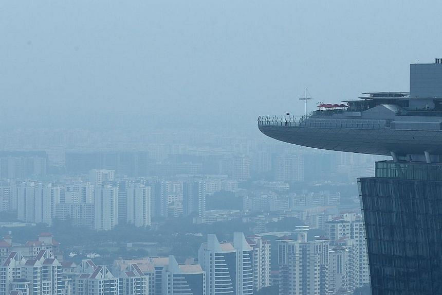 The view from the Marina Bay Financial Tower at 9.20am on Jan 26, 2015. -- ST PHOTO: NEO XIAOBIN