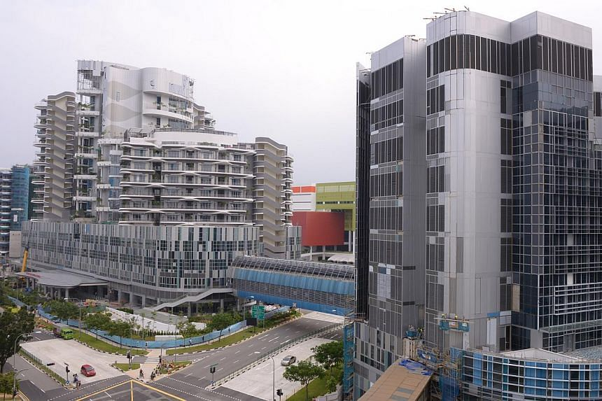 The almost constructed Ng Teng Fong General Hospital in Jurong East.-- ST PHOTO:DANIEL NEO