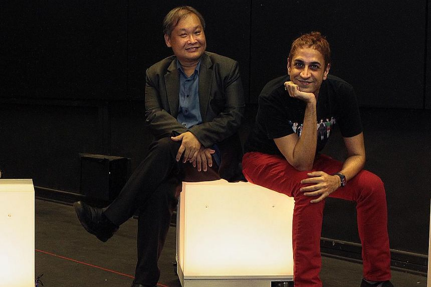 Playwright Haresh Sharma (right) and directorAlvin Tan (left) visited a halfway house for thosewith mental illnesses to do research for the play. --PHOTO: ST FILE