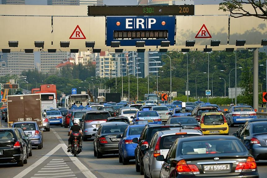 Electronic Road Pricing (ERP) charging at three gantries along the Ayer Rajah Expressway (AYE) will be extended by half an hour on weekday mornings. --ST FILE PHOTO
