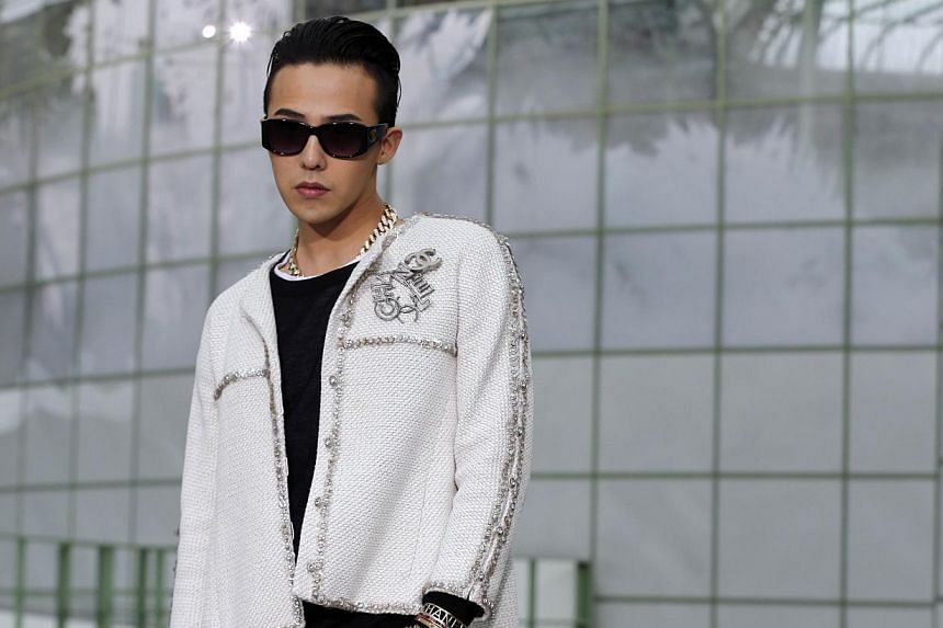South Korean singer Kwon Ji Yong, aka G-Dragon, poses prior to attend Chanel 2015 Haute Couture Spring-Summer collection fashion show on Jan 27, 2015 at the Grand Palais in Paris. -- PHOTO: AFP