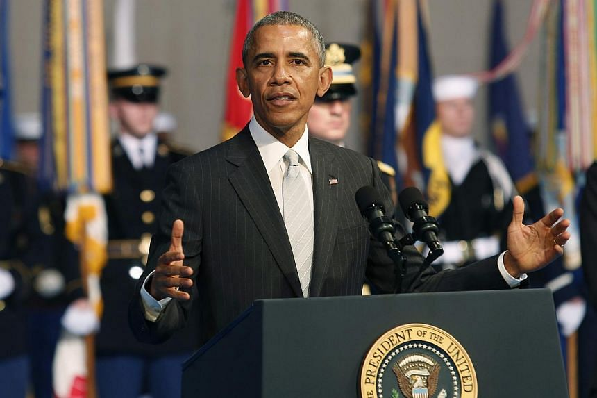 United States President Barack Obama plans to ask for an increase in military spending in a proposed budget for 2016, with a request for US$585 billion (S$791.4 billion) that would exceed funding caps mandated by Congress, officials said on Wednesday