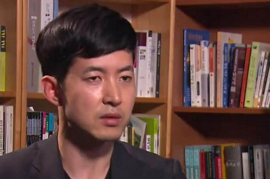 Mr Park Chang Jin, the Korean Air cabin crew chief who was humiliated by the airline's heiress and former vice-president Heather Cho, returned to work on Sunday, Feb 1, 2015, Yonhap news agency reported. -- PHOTO: KBS NEWS