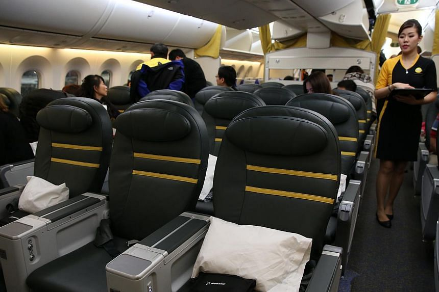 The business-class seats on Scoot's new Dreamliner. -- ST PHOTO: WANG HUI FEN
