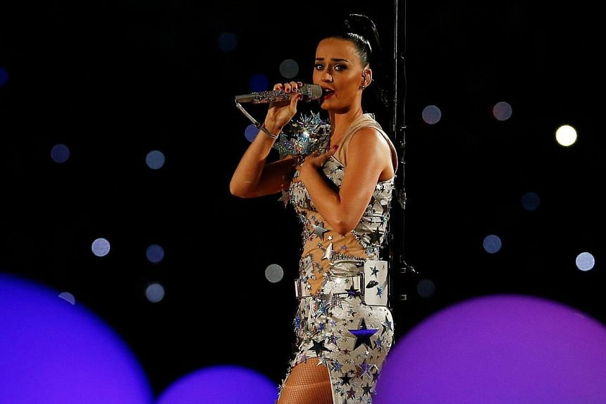 Singer Katy Perry performs during the Pepsi Super Bowl XLIX Halftime Show at University of Phoenix Stadium in Glendale, Arizona on Feb 1, 2015. -- PHOTO: AFP