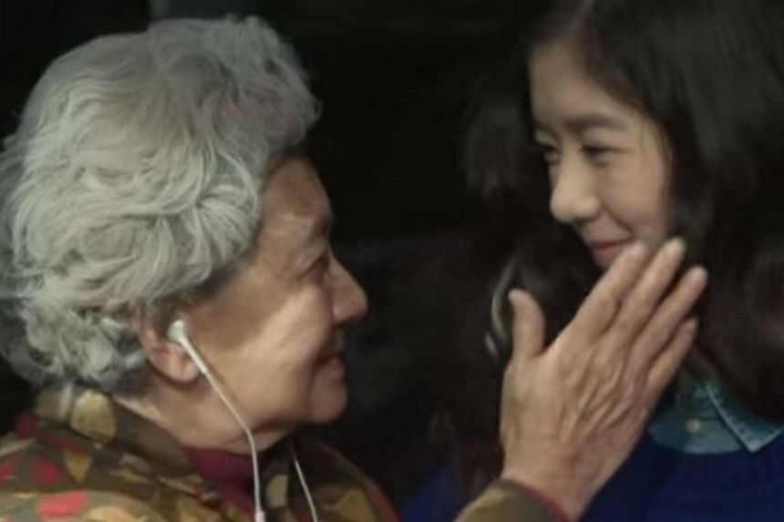 TV host Quan Yifeng's 16-year-old daughter Eleanor Lee starring in Apple China's commercial. -- PHOTO: SCREENGRAB FROM YOUTUBE