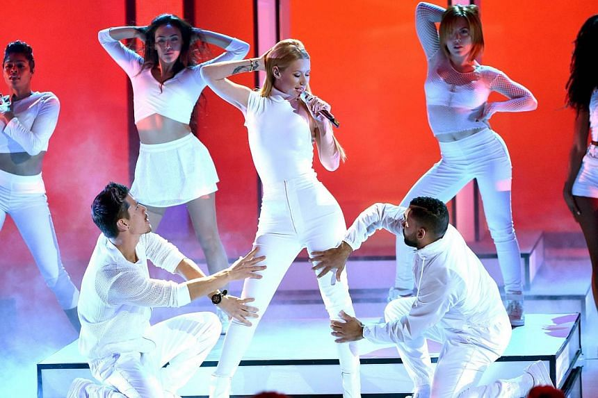Hip-hop artist Iggy Azalea performs at the 41st Annual People's Choice Awards in Los Angeles, California, on Jan 7, 2015. -- PHOTO: AFP