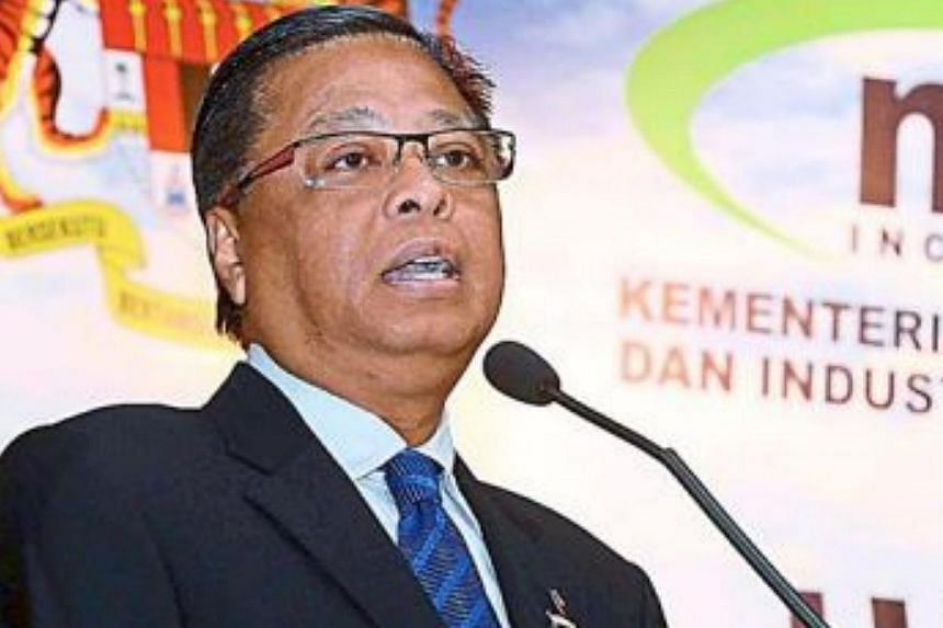 Malaysian Agriculture minister Ismail Sabri Yaakob had remarked on social media urging Malays to boycott Chinese businesses that refuse to reduce their prices despite the drop in fuel costs. -- PHOTO: THE STAR