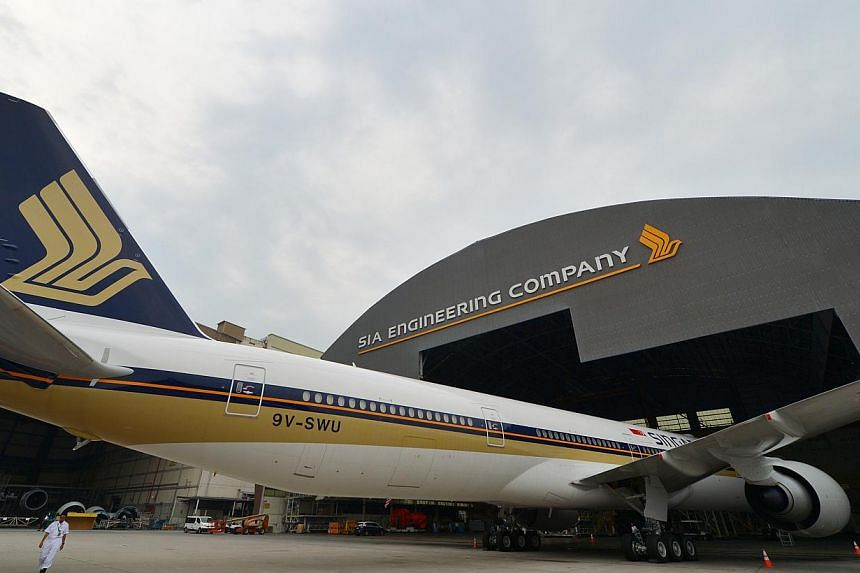 Aircraft maintenance and repair company SIA Engineering saw third quarter net profit plunge 23.5 per cent, partly due to a decline in airframe and component overhaul work. -- ST PHOTO: ALPHONSUS CHERN