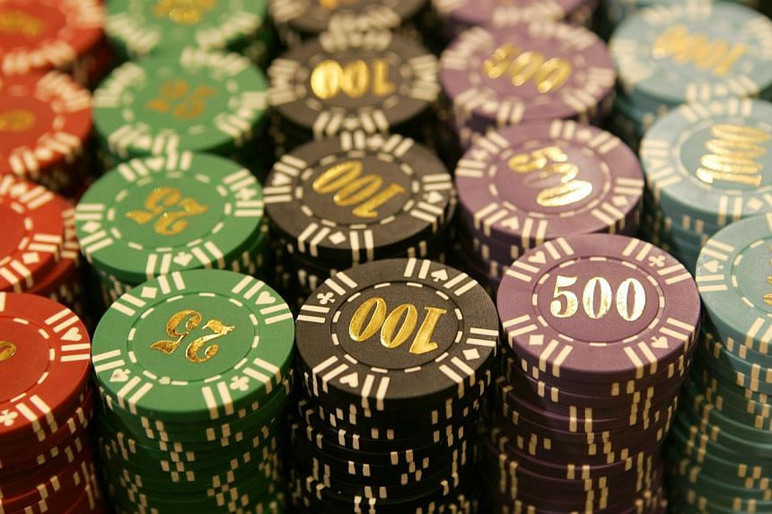 Five years after casinos set up shop here, the proportion of problem gamblers has plunged to a 10-year low of 0.7 per cent of the population, a biennial national gambling survey has found.-- PHOTO: ST FILE