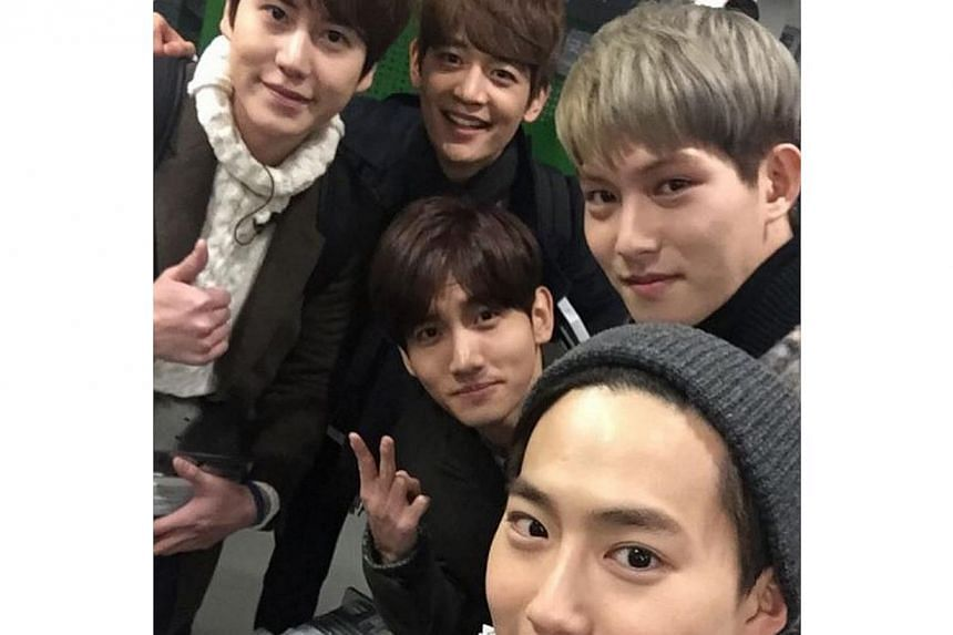 (Clockwise from left) Kyu Hyun, Min Ho, Jong Hyun, Su ho and Chang Min snap a picture together, posted on Jong Hyun's Instagram account on Feb 1, before filming a new reality show. -- PHOTO: LEE JONG HYUN/INSTAGRAM