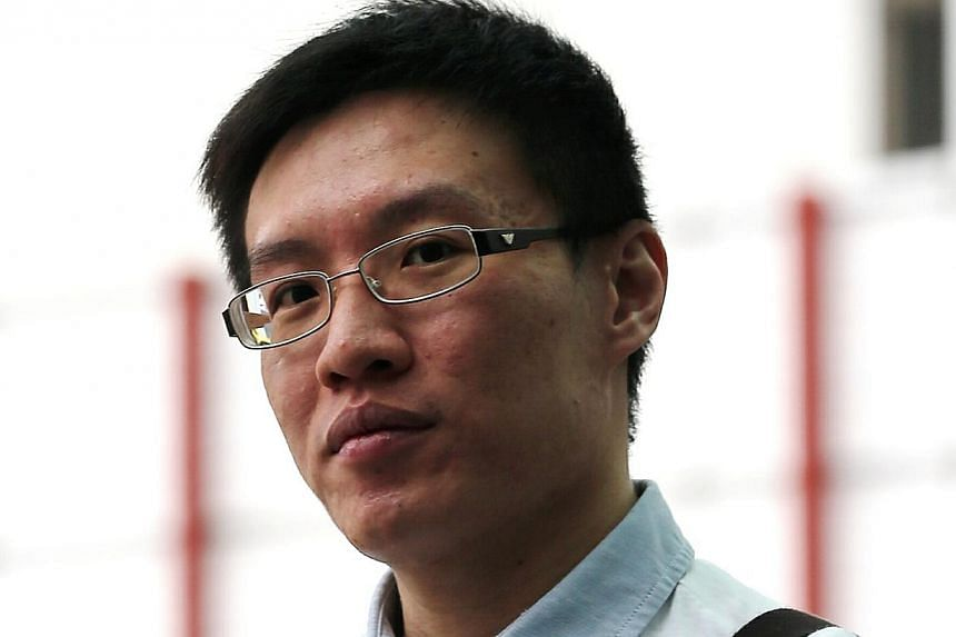 Too Jincai was sentenced to 11 months in prison on Thursday for cheating three customers into investing a total of $1.17 million in unit trusts, claiming they were principal-guaranteed. -- ST PHOTO: WONG KWAI CHOW