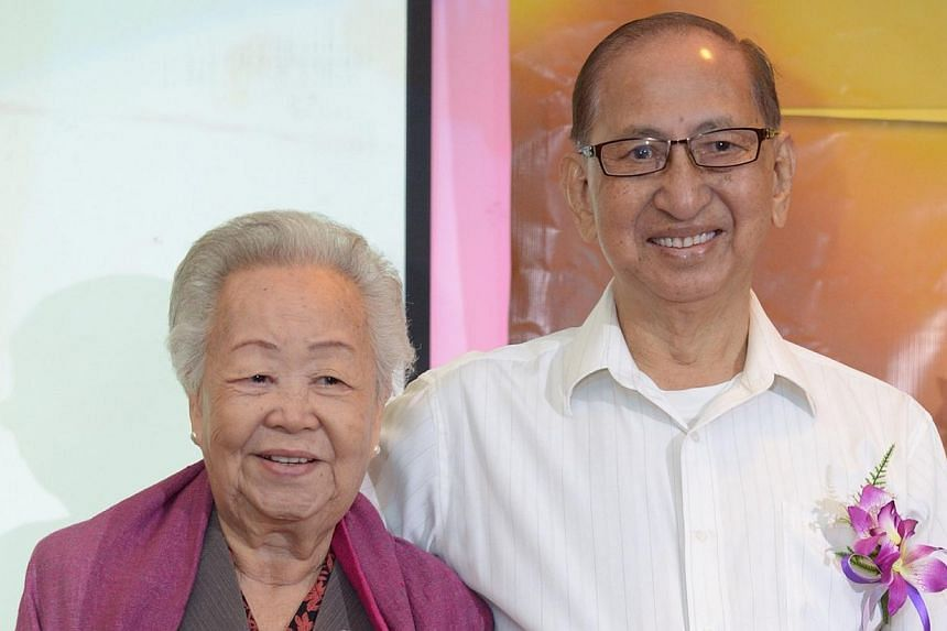 Madam Poh and Mr Lim met for the first time on their wedding day in China 67 years ago. -- ST PHOTO: DESMOND WEE