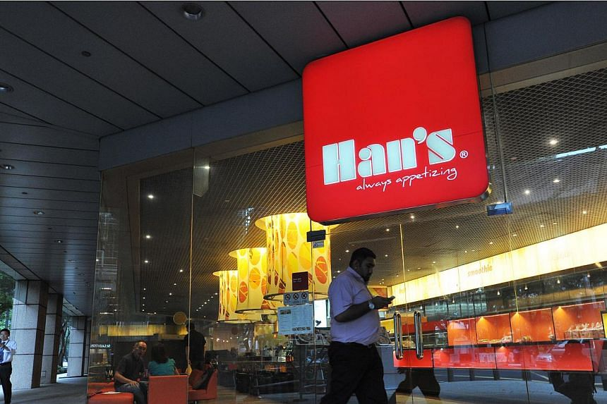 Exterior of Han's Cafe at Pickering Street on April 8, 2014. -- ST PHOTO: LIM YAOHUI