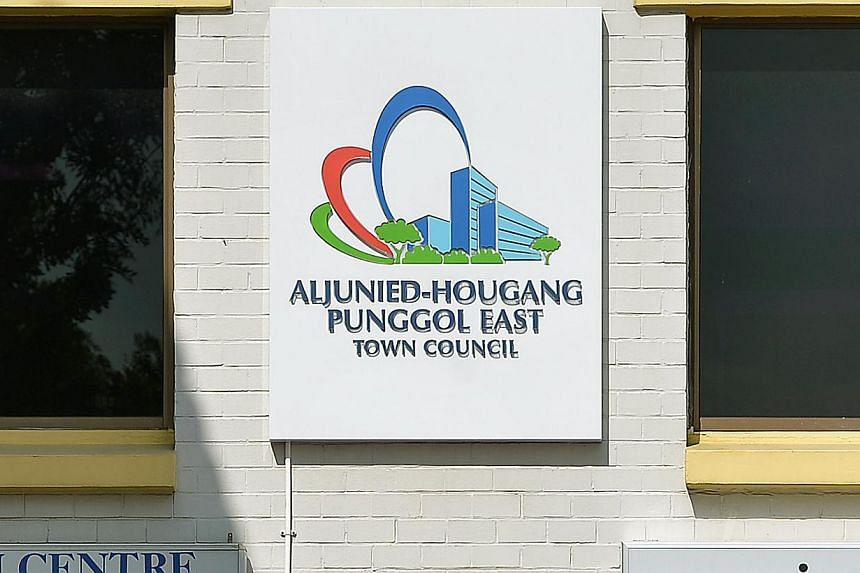 Parliament on Friday unanimously adopted a motion endorsing the Auditor-General's findings of lapses at the Workers' Party-run Aljunied-Hougang-Punggol East Town Council (AHPETC).-- ST PHOTO: KUA CHEE SIONG