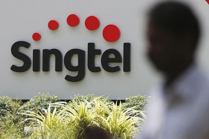 Singtel is in the lead in covering most of the island with 4G signals, followed by M1 and StarHub, according to the first official study on 4G coverage by the industry regulator.-- PHOTO: REUTERS