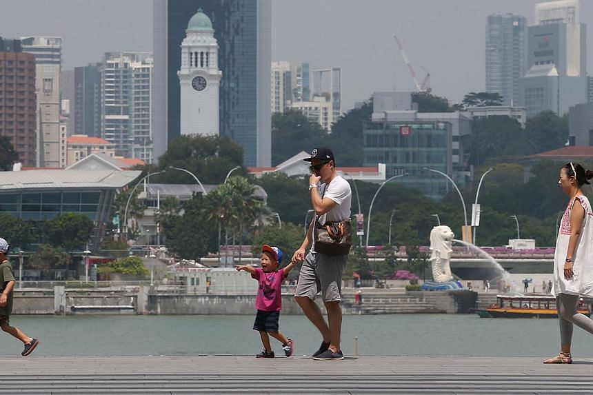 According to the Meteorological Service Singapore website, the number of hot spots in Malaysia spiked from zero on Wednesday last week, Feb 11, to about 20 on Sunday. -- ST PHOTO: NEO XIAOBIN