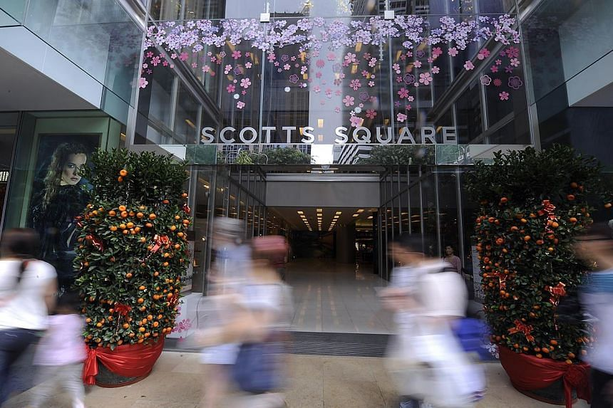 Scotts Square, home to luxury brands such as Michael Kors, is quiet on both weekdays and weekends, despite its prime location sandwiched on a busy street between Far East Plaza and Tangs. -- ST PHOTO: EDWARD TEO