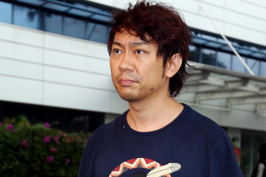 The High Court will decide on Feb 26, 2015, whether former tour guide Yang Yin can withdraw $12,000 a month from his frozen bank accounts for personal and legal expenses. -- PHOTO: ST FILE