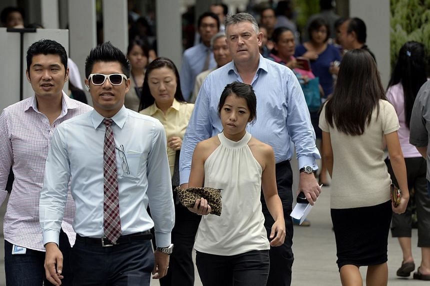 Singaporeans looking to deepen their skills can look forward to bond-free cash grants of up to $10,000. -- PHOTO: ST FILE