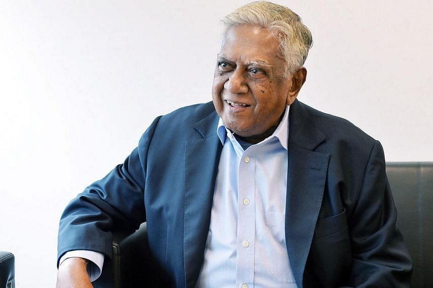 Former president S R Nathan received a Distinguished Arts and Social Sciences Alumni Award (Lifetime Achievement) from the National University of Singapore on March 2, 2015. The award is being given out for the first time this year. -- PHOTO BH FILE&