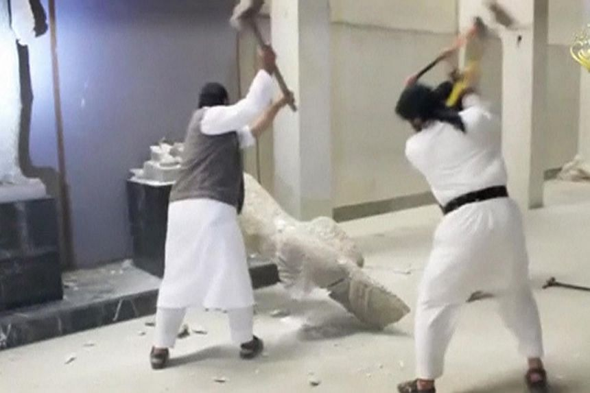 Militants were recently shown in videos destroying priceless antiquities from Mosul, using sledgehammers and power drills on 3,000-year-old sculptures and statues.Australia's move to bar citizens from travelling to Mosul in northern Iraqc