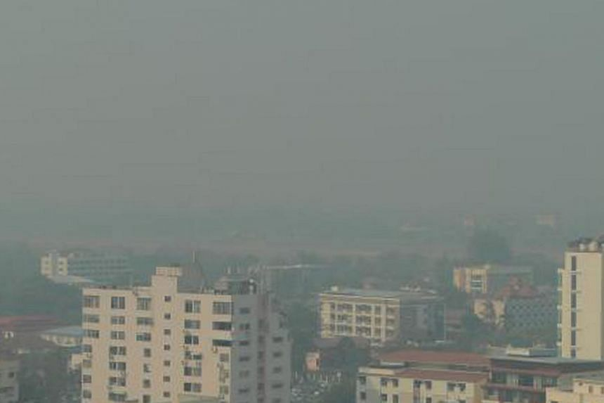 Haze is an annual problem in northern Thailand, as farmers practise open burning. During this period, many residents suffer breathing ailments and the Doi Suthep mountain disappears from view.