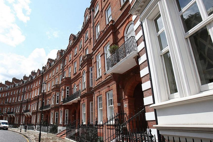 Luxury residential properties on Lennox Gardens, London, in 2011. British property is a safe haven for money stolen from around the world, according to a corruption report released on March 4, 2015. -- PHOTO: BLOOMBERG