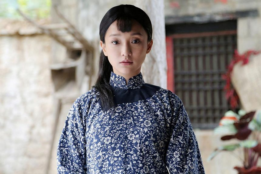 Zhu Yawen and Zhou Xun (above) start an illicit affair in the TV version of Red Sorghum. -- PHOTO: SINGTEL TV