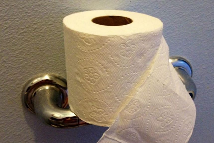 124 Year Old Patent Shows Correct Way Of Hanging Your Toilet Roll