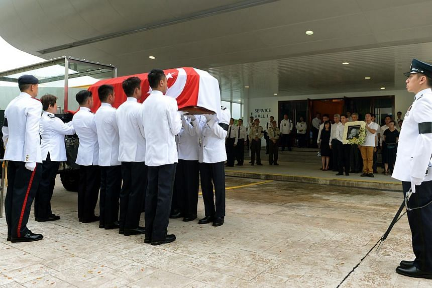 Mr Lee Kuan Yew's casket arrives at Mandai Crematorium on March 29, 2015.