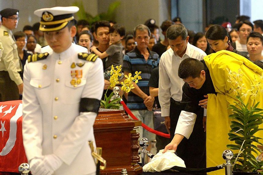 Bhutan Queen S Facebook Post On National Flag At Half Mast Sunday To Mark Mr Lee Kuan Yew Funeral