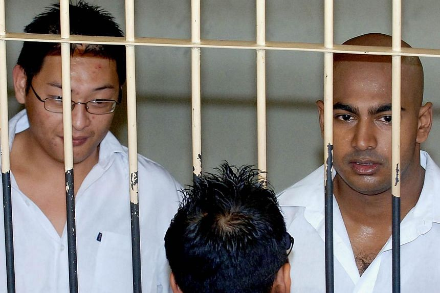 Australian drug traffickers Andrew Chan (left) and Myuran Sukumaran (right) in a 2006 photo. An Indonesian court hearing the appeals of two death row convicts will announce a verdict on April 6. -- PHOTO: AFP