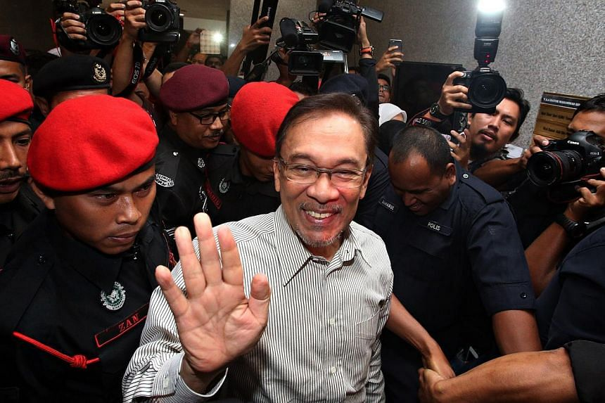 Malaysian opposition leader Anwar Ibrahim at the Syariah court of appeal in Kuala Lumpur on March 24, 2015. -- PHOTO: SIN CHEW DAILY