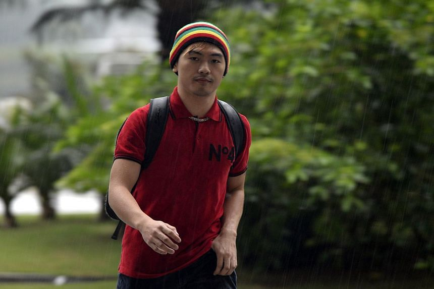Sex blogger and former Asean scholar Alvin Tan Jye Yee arriving for the displinary inquiry at National University of Singapore (NUS) on Oct 31, 2012.-- ST PHOTO:DESMOND FOO