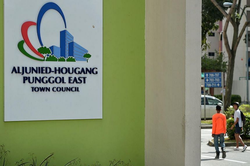 Aljunied-Hougang-Punggol East Town Council (AHPETC) has appointed an external accounting firm to help it clean up its earlier accounts, chairman Sylvia Lim announced on the town council's website on Saturday. -- PHOTO: ST FILE