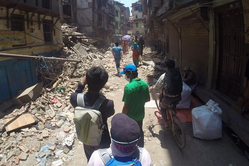 The team arrived in Kathmandu and were greeted by the scene of destroyed buildings, with many more on the verge of collapsing. -- PHOTO: ALUMINAID TEAM SINGAPURA EVEREST